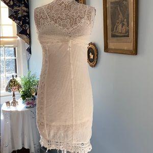 White Dress - New with Tags. Medium. Stunning